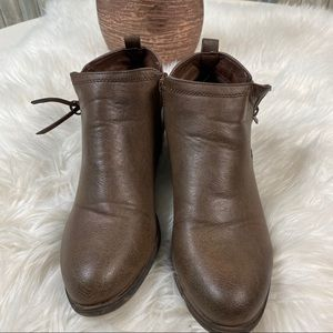 Rampage Ankle Boots sz 8 Zip Sides NWOT # box 30
